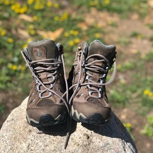 Shoes - Hiking boots